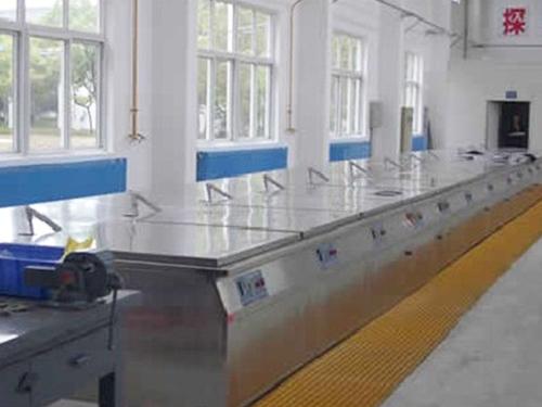 XD-1000型荧光渗透检测流水线